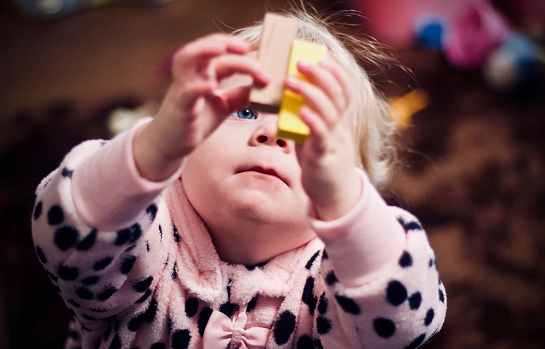 Sensory Play,  Infants up to pre-walking with a parent/caregiver